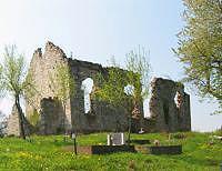 Ostaci zidina crke Sv. Mihovila Tržić Tounjski