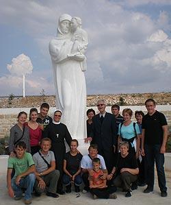 """Molitvena zajednica """"Kraljica Mira"""" hodočastila u Međugorje"""