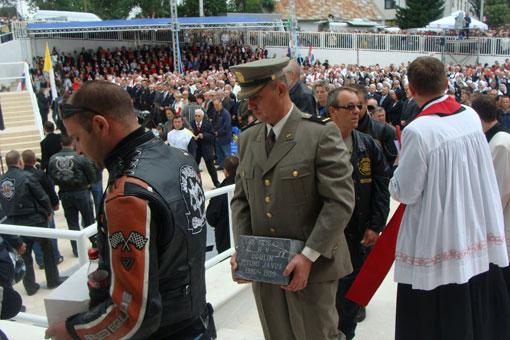 Blagoslov Crkve hrvatskih mučenika na Udbini