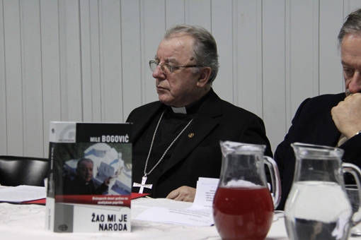 "Predstavljena knjiga biskupa Bogovića ""Žao mi je naroda"""