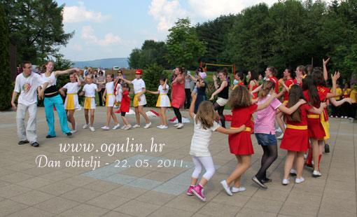Nekoliko stotina posjetitelja obilježilo je Dan obitelji na jezeru Sabljaci