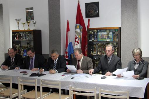 Dvanaest godina uspješnog djelovanja Hrvatske bratske zajednice u Ogulinu