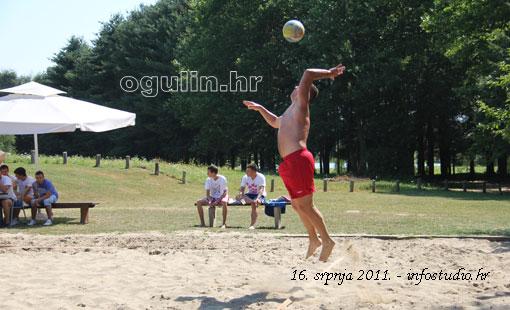 Na jezeru Sabljaci održano otvoreno prvenstvo grada Ogulina u odbojci na pijesku