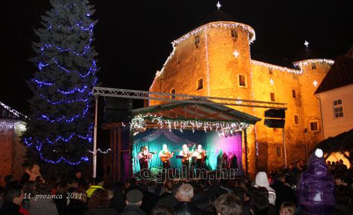 Svečano otvorena manifestacija Advent 2011