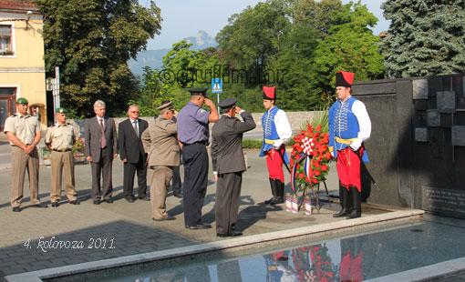 Polaganje vijenaca uoči Dana pobjede i domovinske zahvalnosti