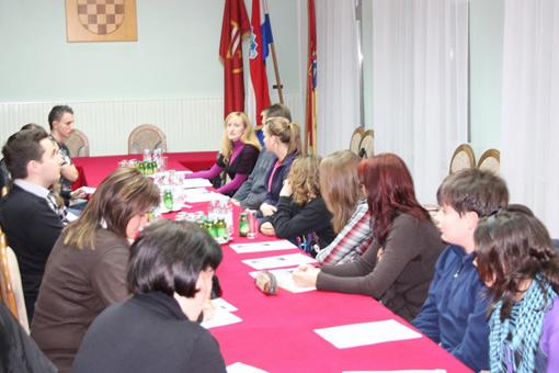 Susret predstavnika Vijeća učenika ogulinskih škola sa Savjetom mladih