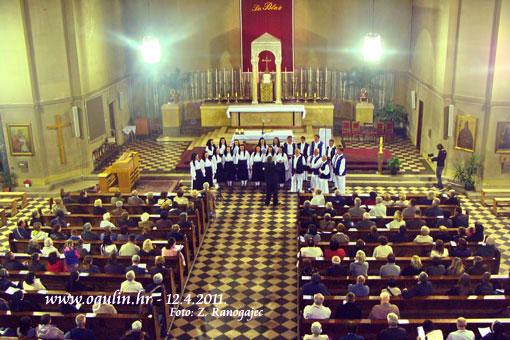 Vokalni ansambl KUD-a  Klek u sv. Blažu u Zagrebu u okviru Pasionske baštine