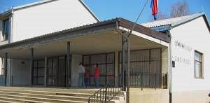 Ulaz u zgradu škole Josipdol